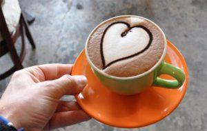 малюнок на каві